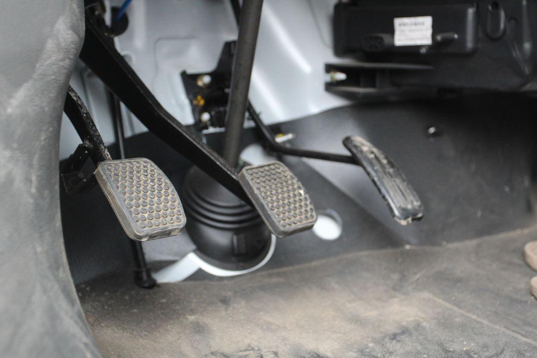 长安汽车-长安之星2 2015款 1.0l 手动基本型带空调