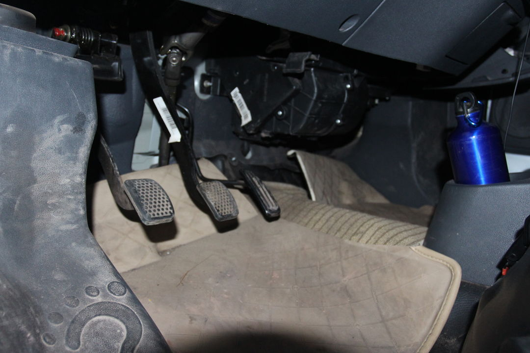 发动机和变速箱工况正常,电控系统正常,动力输出稳定.