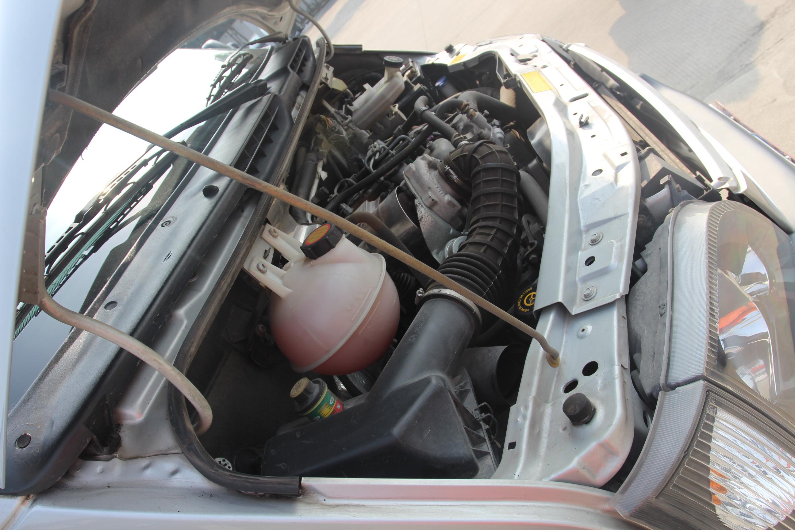 全顺欧4柴油发动机空调系统电路图