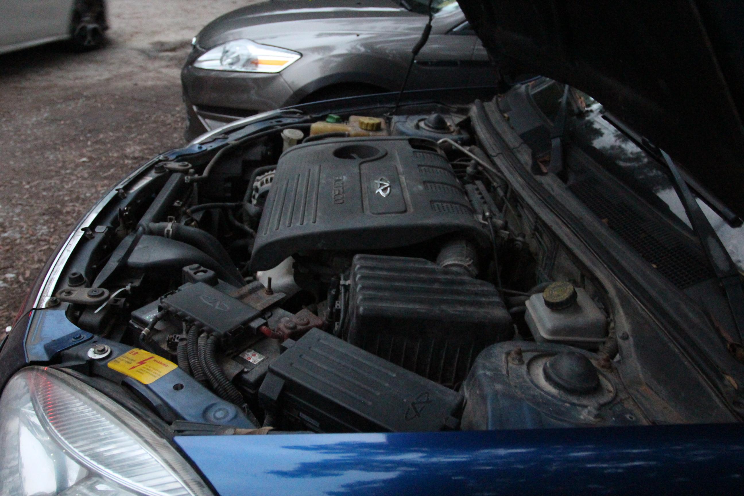 73张汽车原理图,发动机 底盘 电路 电器 整车.全都搞到了图片