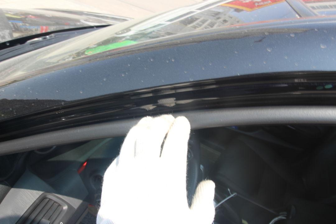 本田 雅阁 本田-雅阁 2013款 2.0l se  仪表盘: 变速杆: 油门踏板