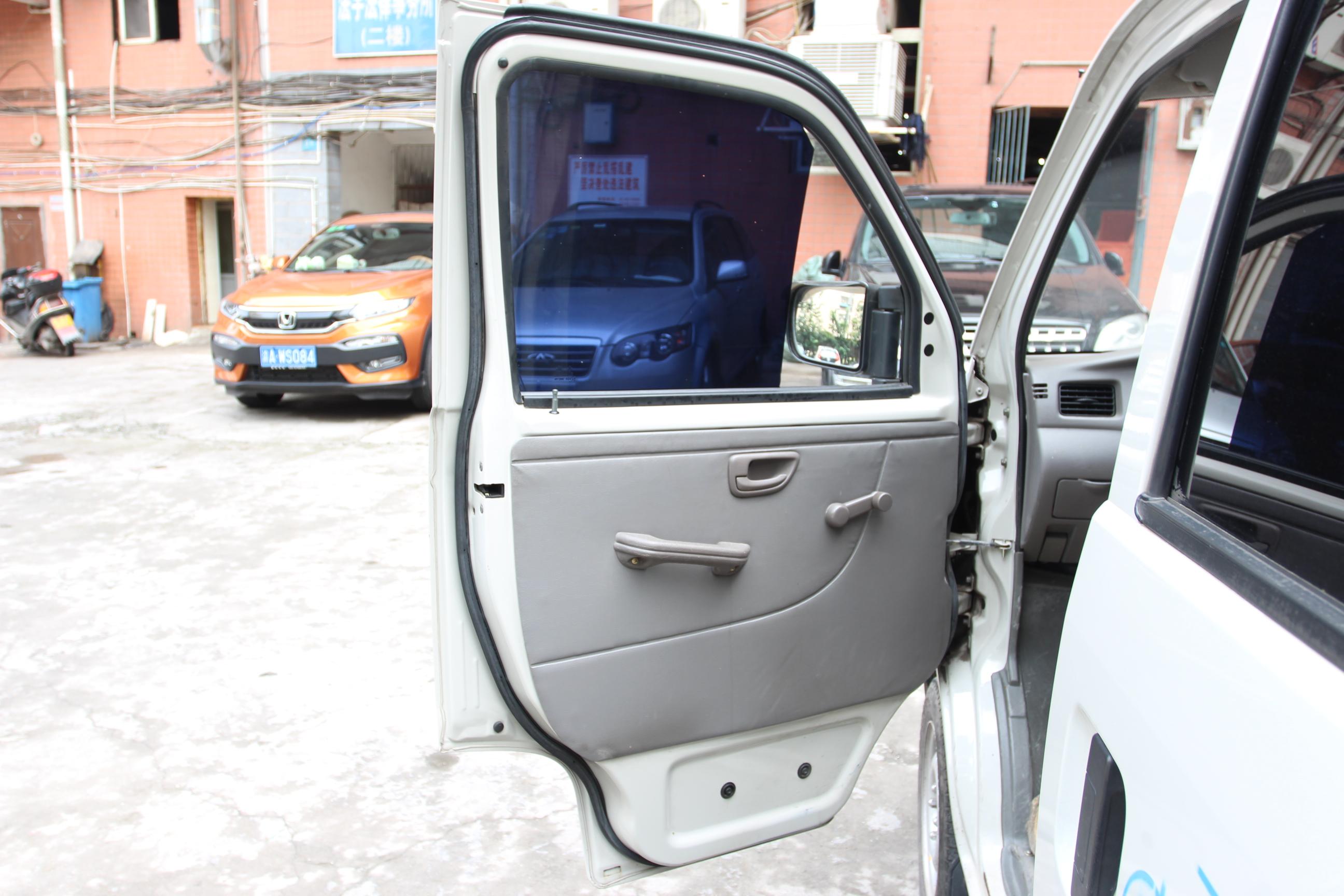 长安商用-长安之星2 2012款 1.0l基本型jl466q9