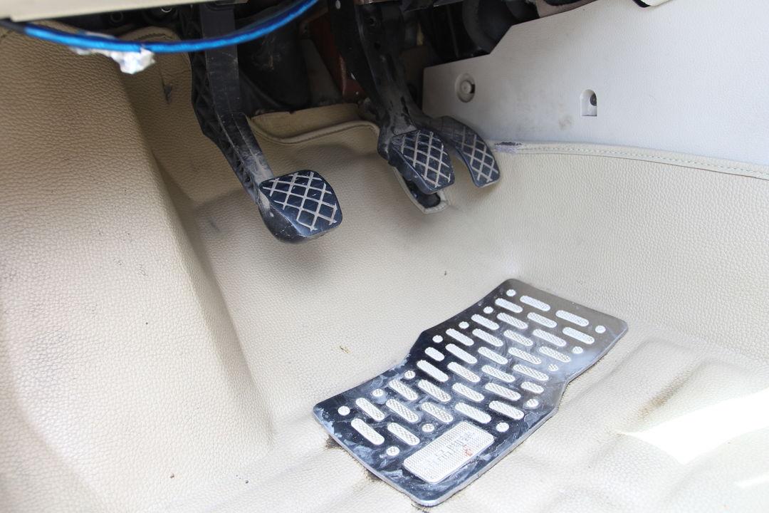 朗逸油门踏板电路图