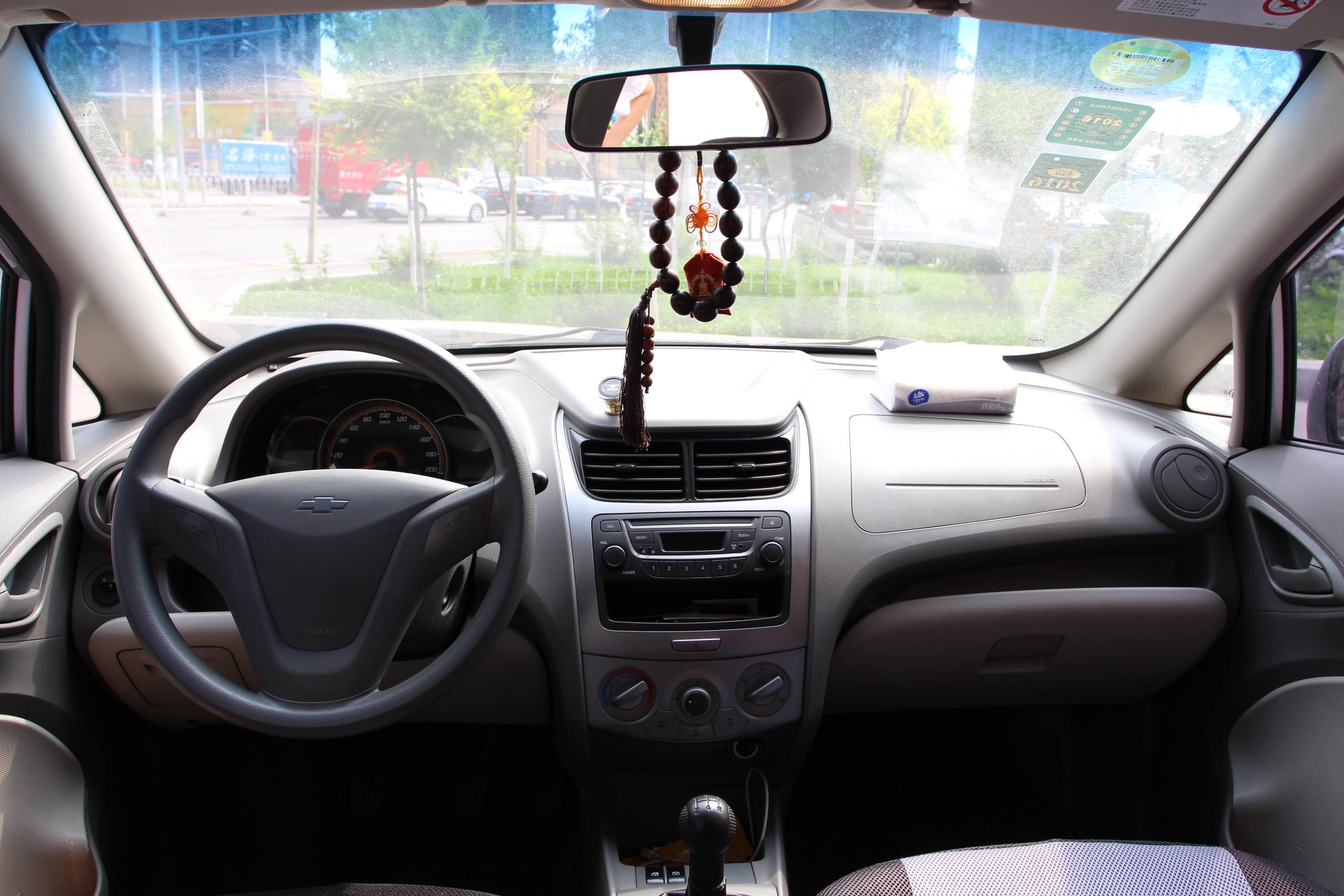 雪佛兰-赛欧 2010款 三厢 1.2l 手动温馨版
