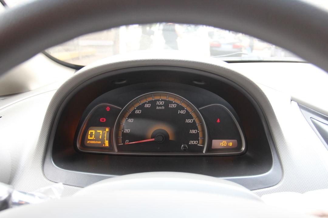 雪佛兰-赛欧 2013款 三厢 1.4l 手动优逸版