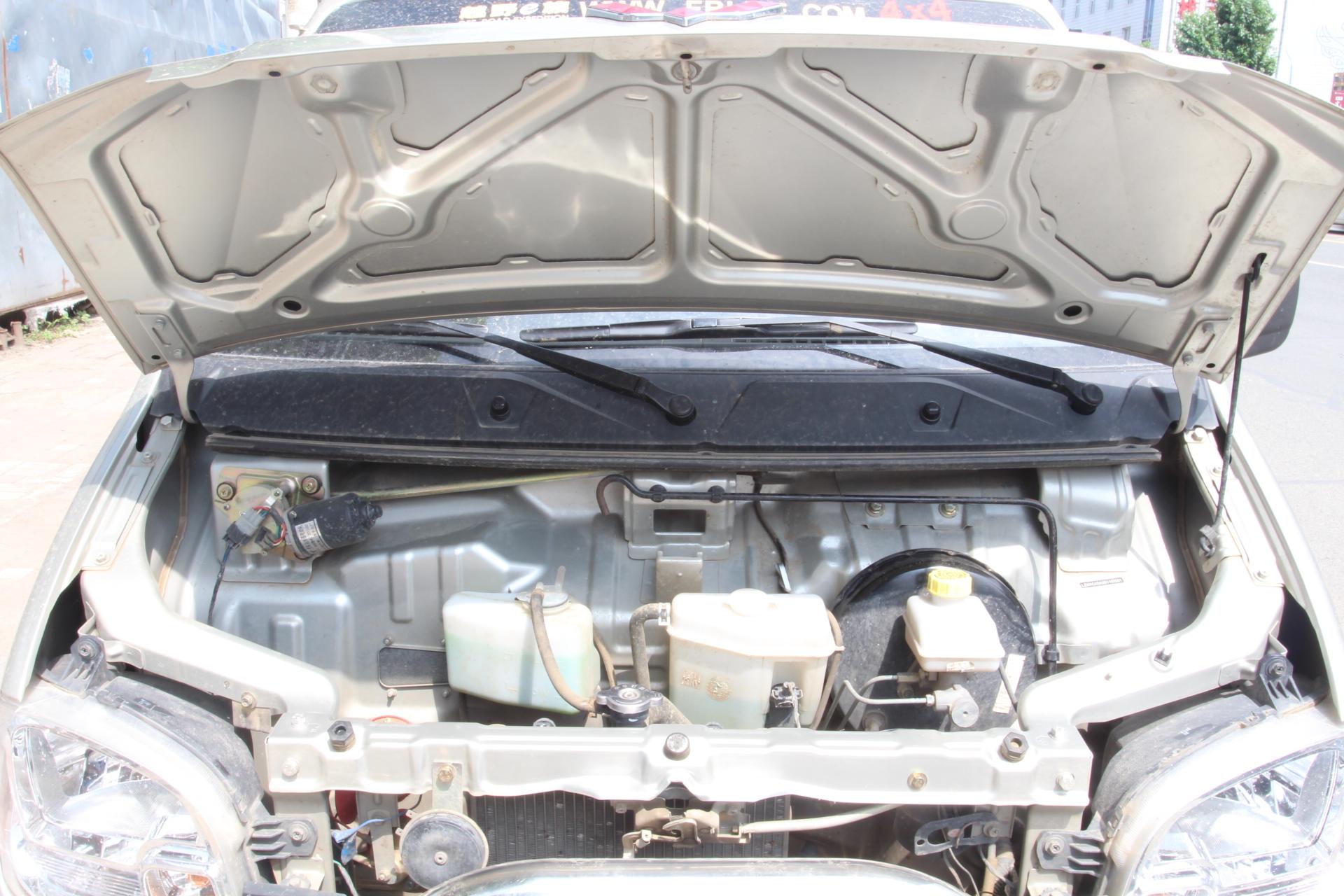 五菱汽车-五菱之光 2013款 1.0l基本型图片