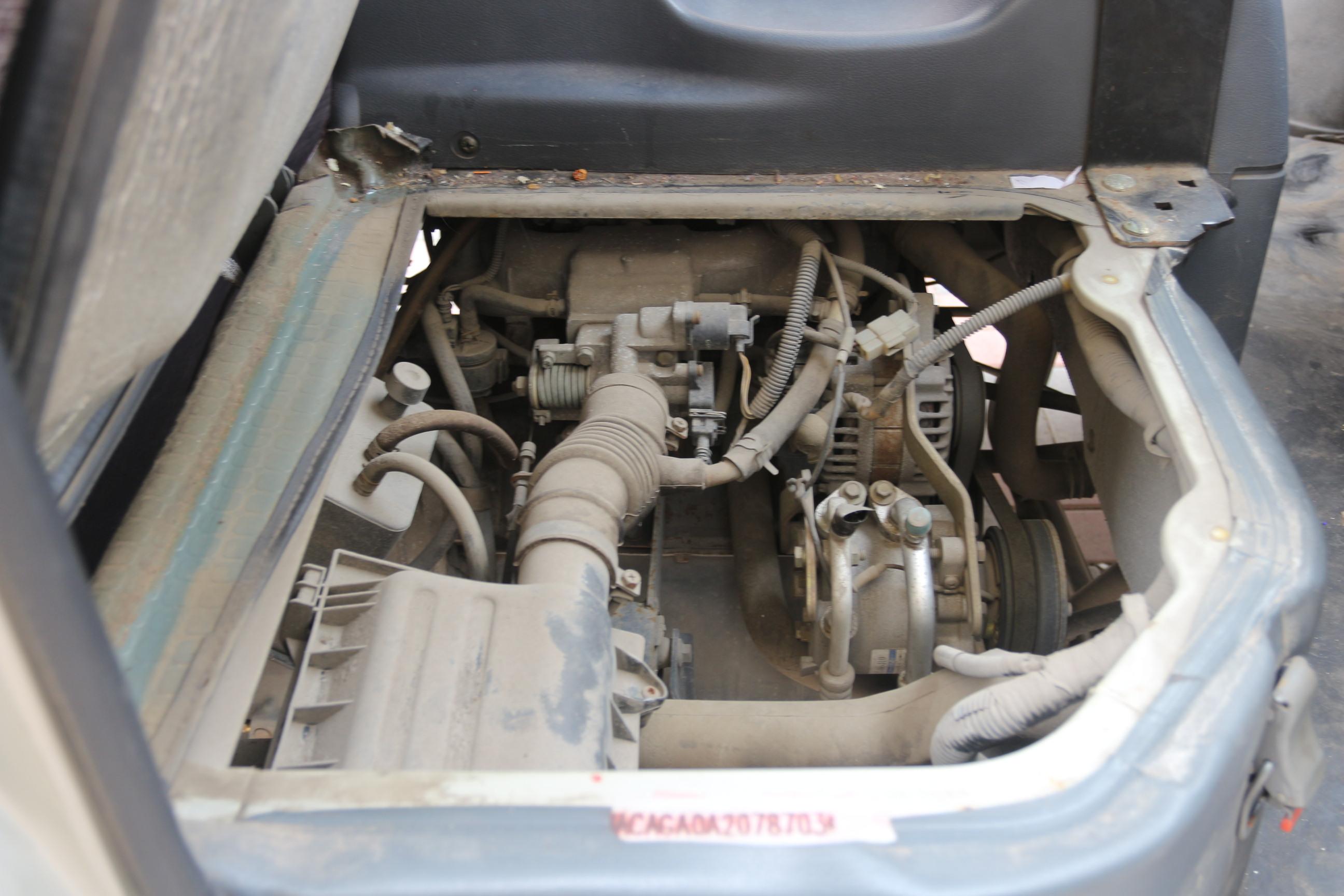 五菱之光发动机用清洗吗高清图片