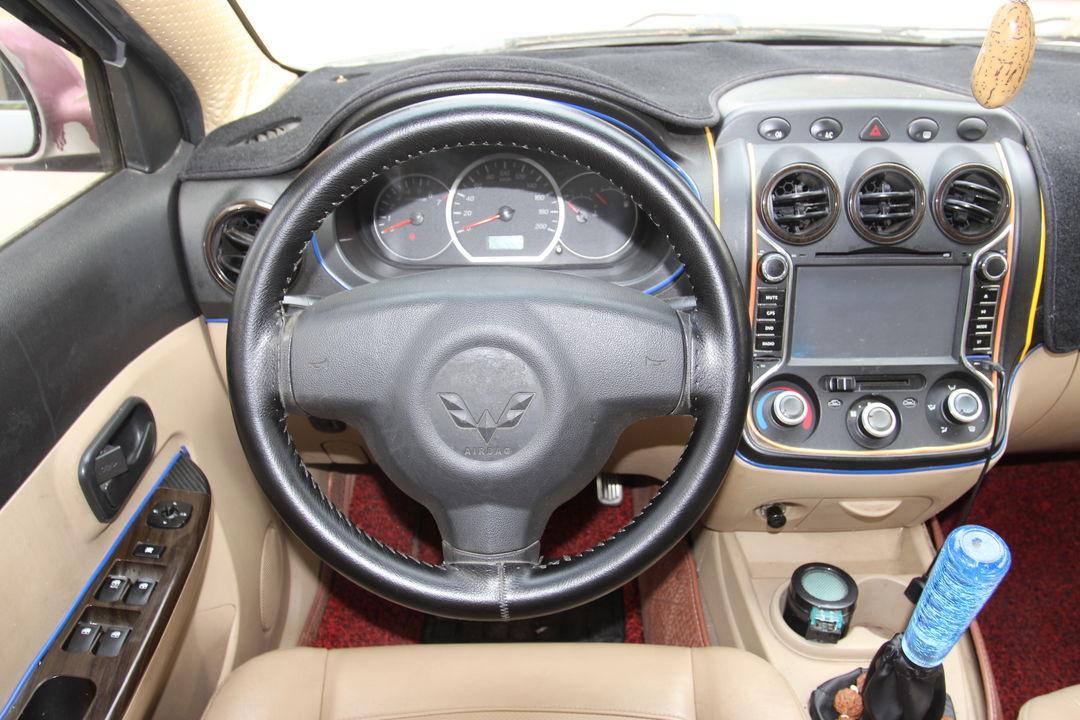 五菱汽车-五菱宏光 2010款 1.4l豪华型