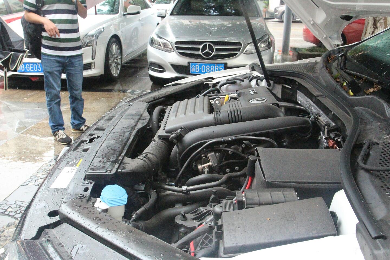 发动机底盘 - 更多图片