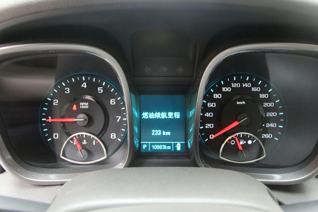 经济车,该车内饰正常磨损,轻微脏污,仪表盘无故障灯