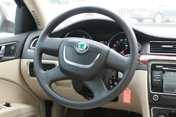 15:03:20  内饰-中控 :   车辆安全指示灯,被动安全项检测正常 仪表盘