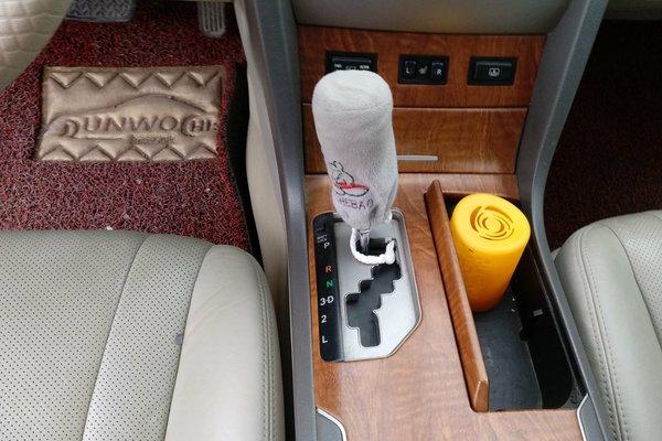 丰田-凯美瑞 2010款 200g 豪华版