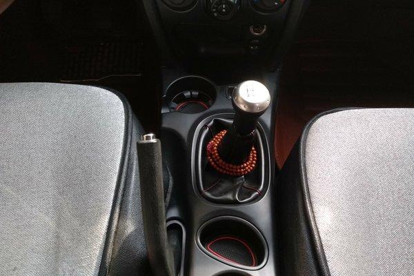 华泰-圣达菲经典 2015款 2.0l 汽油手动两驱标准型