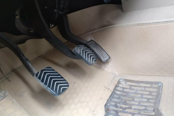 五菱汽车-五菱宏光 2014款 1.5l s舒适型
