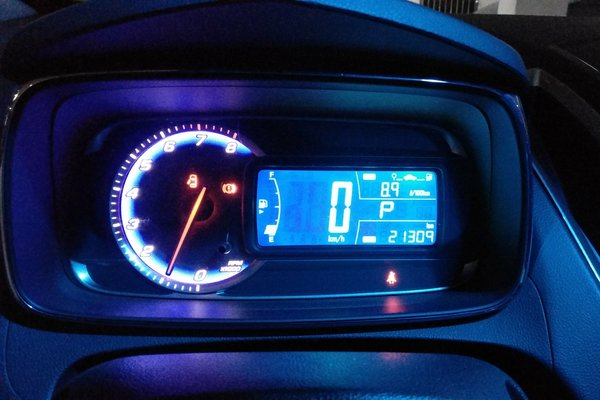 4t 自动两驱舒适型 发布时间:2018-01-28 14:23:56  仪表盘 :   表显