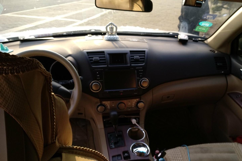丰田-汉兰达 2013款 2.7l 两驱5座紫金版