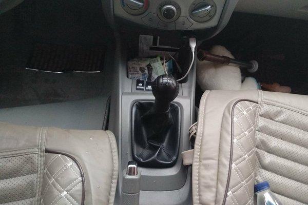 雪佛兰-赛欧 2011款 三厢 1.4l 手动幸福版