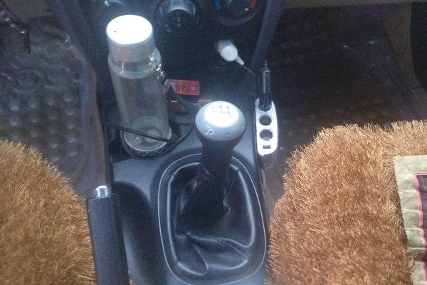 华泰-圣达菲经典 2013款 2.0t 柴油手动两驱天窗型
