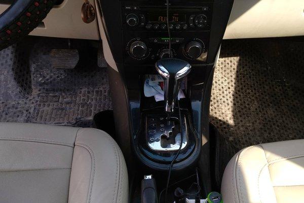 雪铁龙-世嘉 2012款 三厢 1.6l 自动品尚型