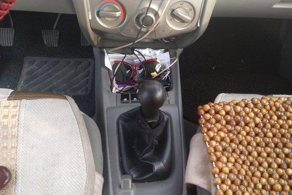 雪佛兰-赛欧 2013款 三厢 1.2l 手动幸福版