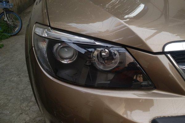比亚迪-比亚迪s6 2014款 2.4l 自动尊贵型 7座