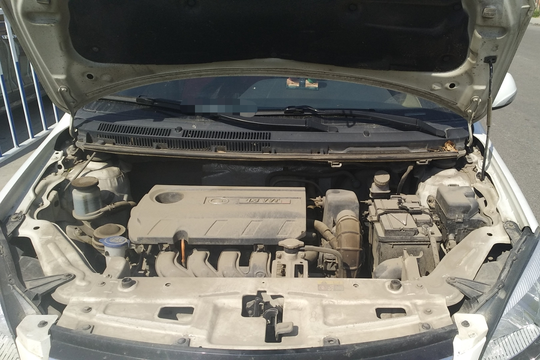 发动机更多-底盘名爵zs行李箱开关在哪图片