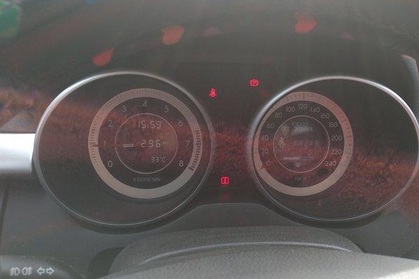 0l 手动豪华型 发布时间:2018-04-20 16:35:50  仪表盘 :   表显行驶