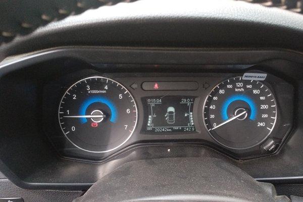 8l 手动舒适型 发布时间:2018-04-22 15:55:18  仪表盘 :   表显行驶
