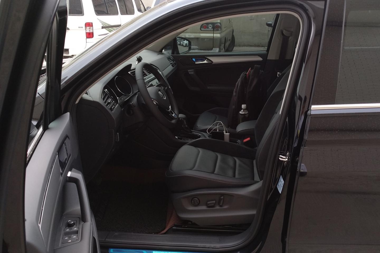 大众-途观l 2018款 330tsi 自动两驱豪华版