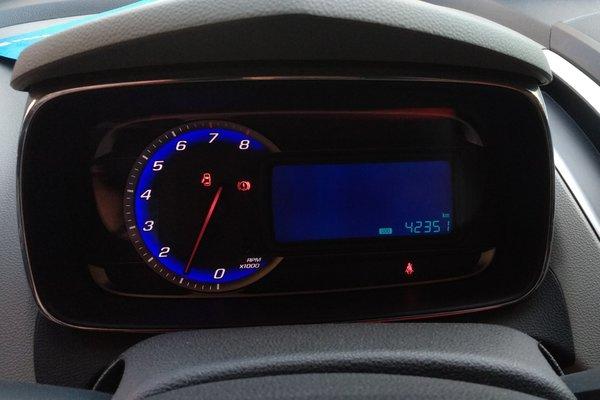 4t 手动两驱舒适型 发布时间:2018-05-10 10:33:31  仪表盘 :   表显