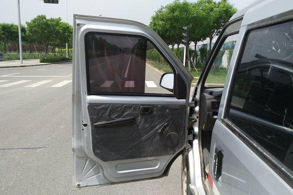 五菱汽车-五菱荣光 2015款 1.2l 5座封闭式货车图片