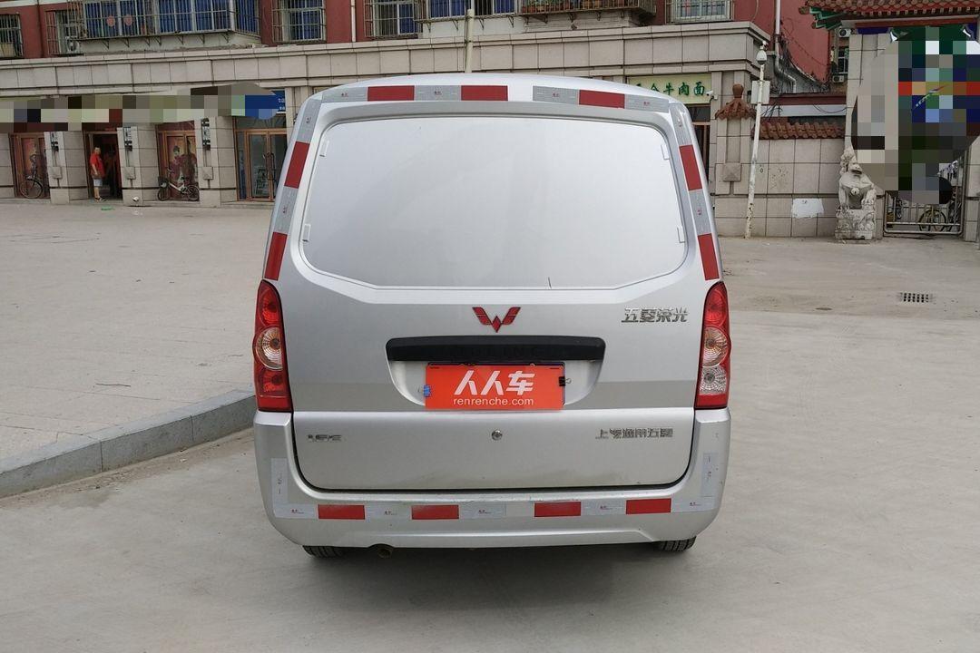 五菱汽车-五菱荣光 2012款 1.5l加长基本型厢式货车图片