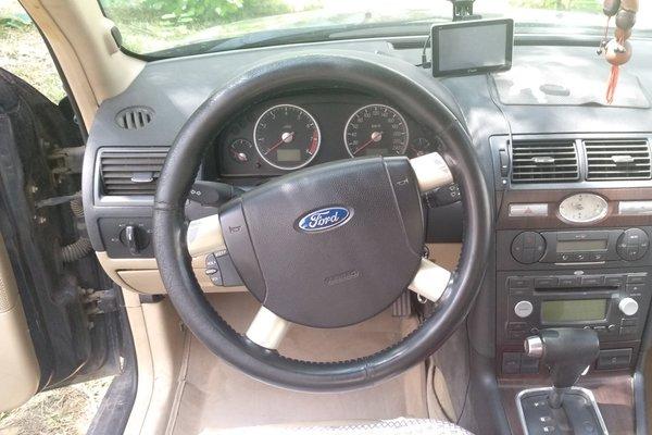 福特-蒙迪欧 2006款 2.0l 精英版(改装天然气)