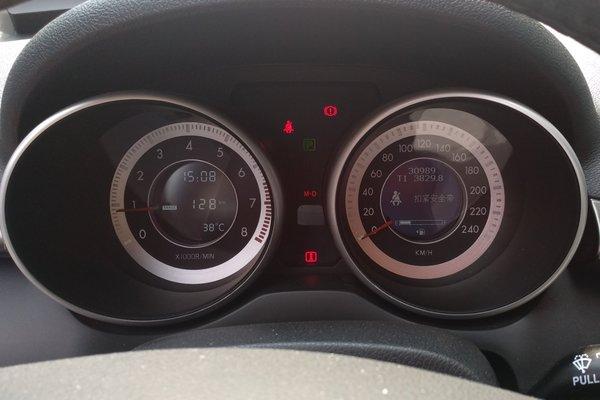 8t 自动豪华型 发布时间:2018-06-12 16:54:46  仪表盘 :   表显行驶
