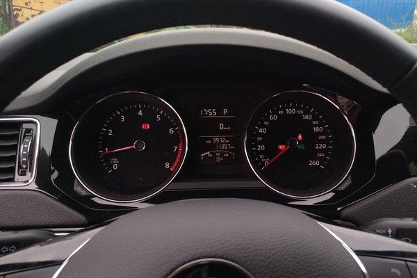 6l 自动舒适型 发布时间:2018-06-13 18:57:59  仪表盘 :   表显行驶