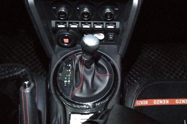 斯巴鲁-brz 2013款 2.0i 自动豪华型
