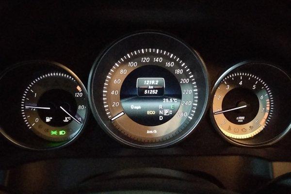 2014款 e 200 轿跑版 发布时间:2018-07-12 14:43:32  仪表盘 :   表图片