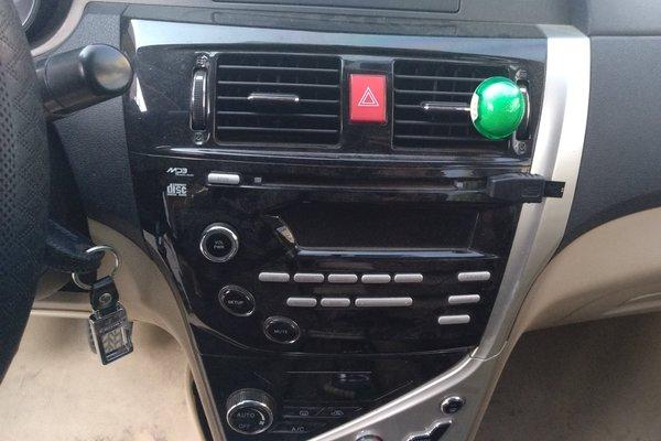 发布时间:2018-08-17 20:50:00  内饰-中控 :   车辆安全指示灯,被动