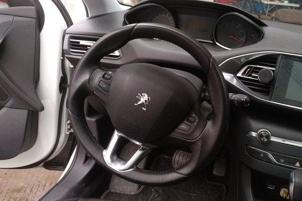 佛山二手标致308s 2015款 1.2t 自动劲驰版