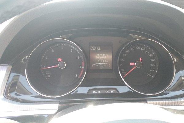 6l 手动舒适型  发布时间:2019-04-15 13:51:29  仪表盘 :   表显行驶