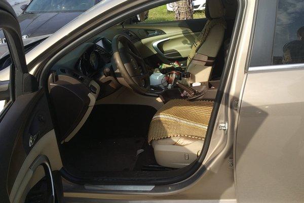 嘉兴二手君威2011款2.0l舒适版捷豹xel与宝马320li买哪个图片