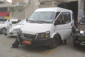 曲靖二手福特-經典全順 2013款 2.8T柴油普通型長軸中頂JX493ZLQ4